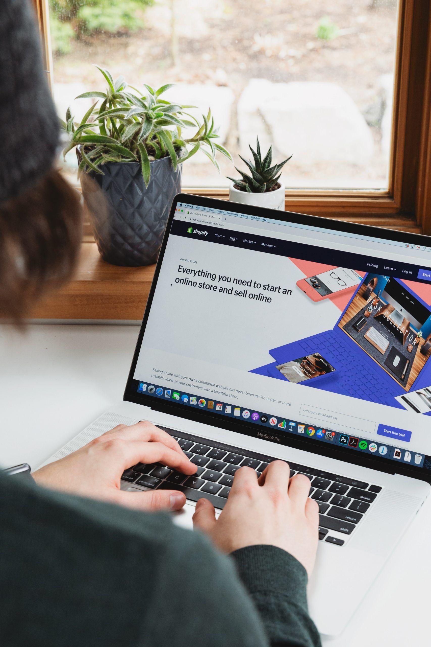 Learn & Earn series:  E-commerce